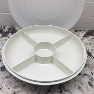TUPPERWARE Divided Serving/Storage Container